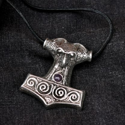 St Justin Large Thors Hammer
